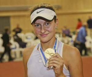 Спортсменка Анна Кубарева: Родители выбрали для меня теннис