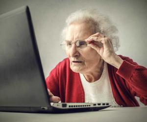 Не просто игрушка: зачем пенсионеру мобильный интернет