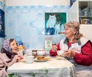 Самым взрослым белорусским волонтерам — по 90 лет