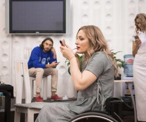 Беларускі дызайнер выпусціла адзенне для інвалідаў-калясачнікаў