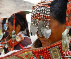 Тысячелетние наряды тибетцев