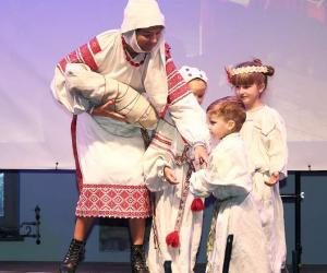 У Гродзенскім музеі гісторыі рэлігіі зладзілі свята традыцыйнага адзення беларусаў і літоўцаў