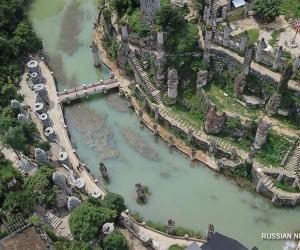 Фантастычны замак Елангу