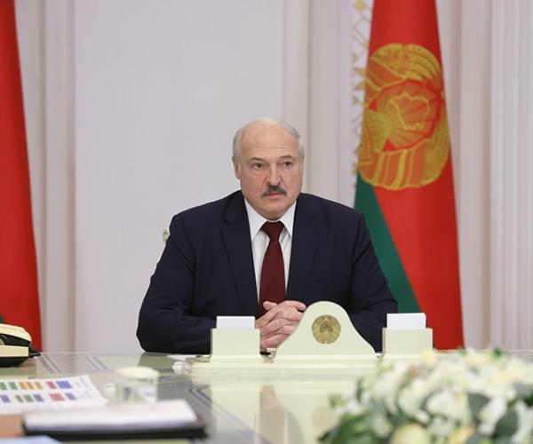 Лукашэнка: Пры канцы майго прэзідэнцкага жыцця я гарантую, што будзе толькі так, як вырашыць народ