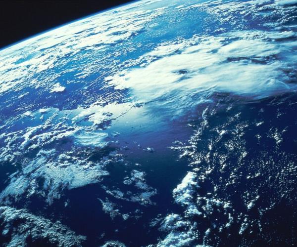 Щиту Земли нужна защита