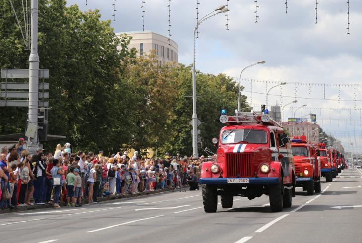 У сталіцы яскрава адзначылі Дзень пажарнай службы