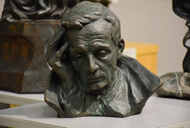 Выстава скульптур Льва і Сяргея Гумілеўскіх у Мінску