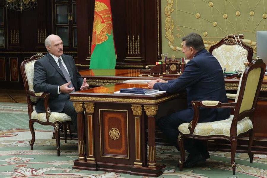 Лукашэнка: Трэба ўзварушыць усю сістэму спажыўкааперацыі