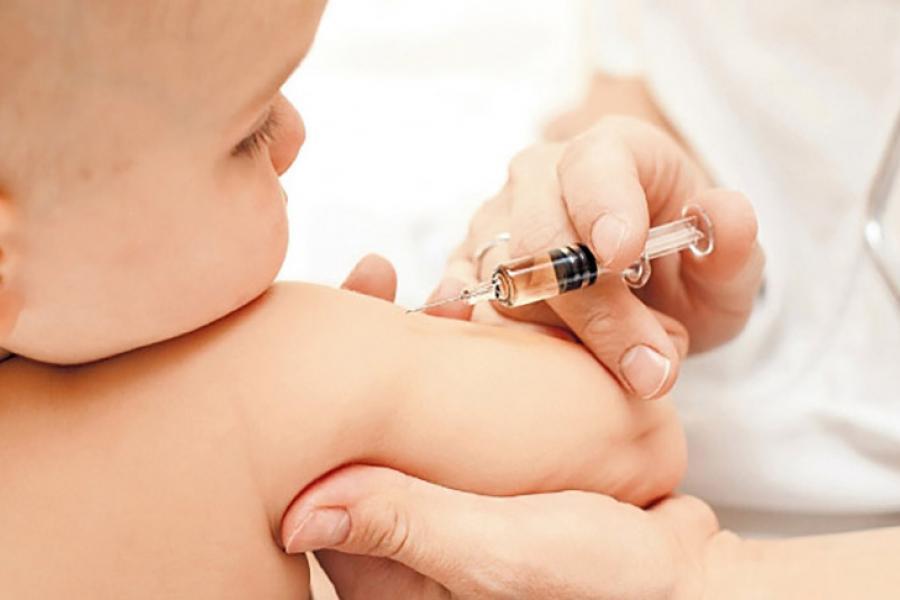 Колькасць «супрацьпрышчэпачнiкаў» змяншаецца, бо вакцыны даказваюць сваю эфектыўнасць