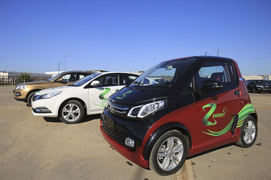 «Звязда» правяла тэст-драйв Zоtуе Z500ЕV і Е200