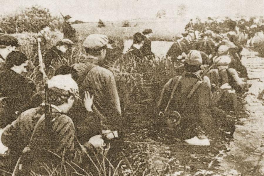 Як дзяўчынкі падчас вайны насілі хлеб з вёскі ў партызанскі атрад