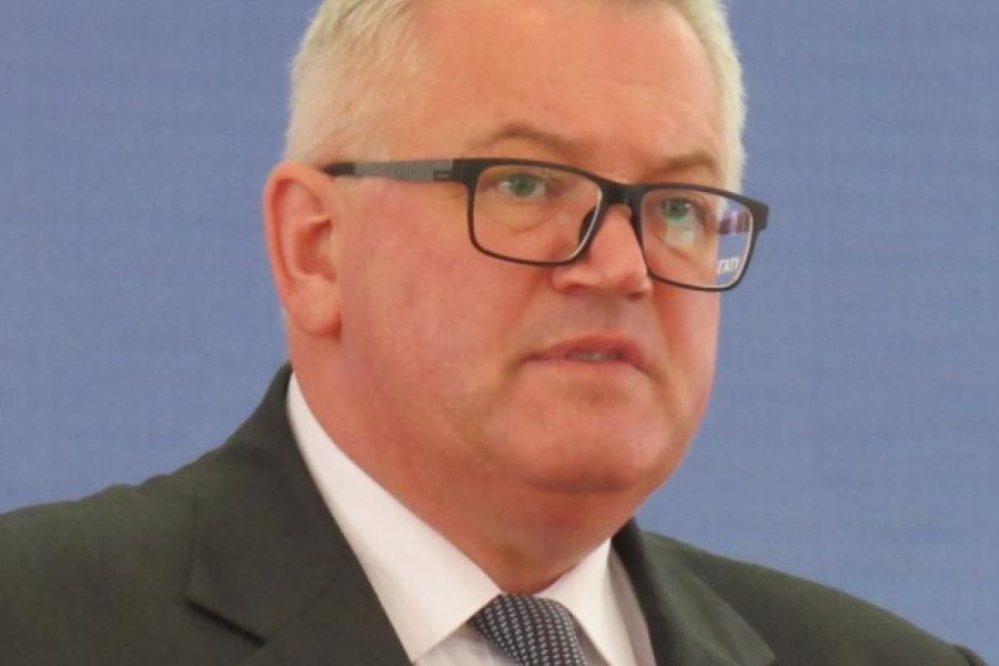 Игорь Карпенко, министр образования