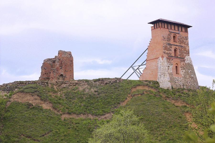 Ці знікне Навагрудскі замак?