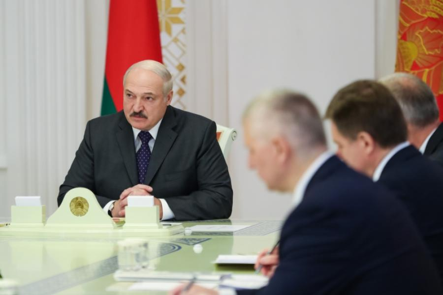 Лукашэнка: Падтрымліваць трэба тых, хто мае патрэбу ў падтрымцы і хто сам варушыцца