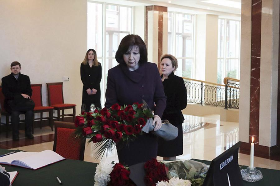 Белорусы переживают горе в связи с трагедией в Кемерово