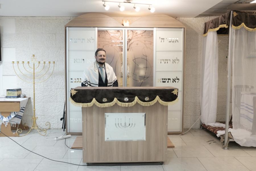 В воскресенье евреи празднуют Новый год деревьев