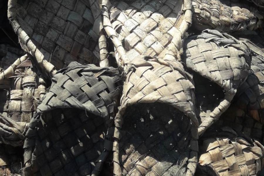 Лапці, якія знайшлі ў Шклове, перадалі на захаванне ў раённы гісторыка-краязнаўчы музей