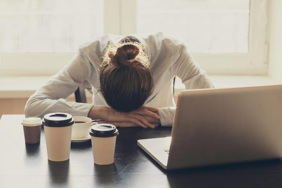 Когда нет сил работать — это эмоциональное выгорание
