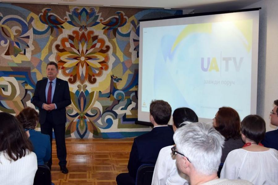 У Пасольстве Украіны ў Беларусі прэзентавалі тэлеканал UA TV