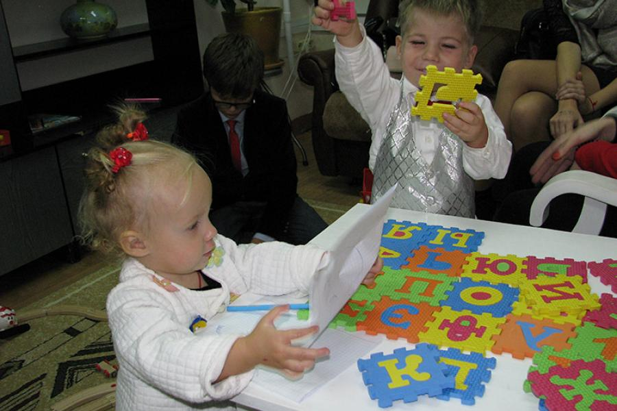 День матери отпраздновали в Национальном центре усыновления