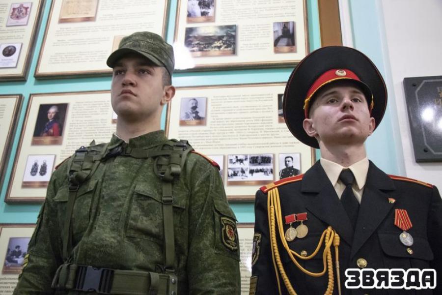 Суворовское училище глазами его учащихся