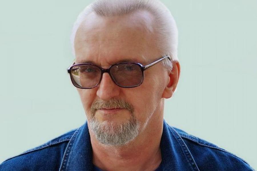 Михаил Смирнов. Язык