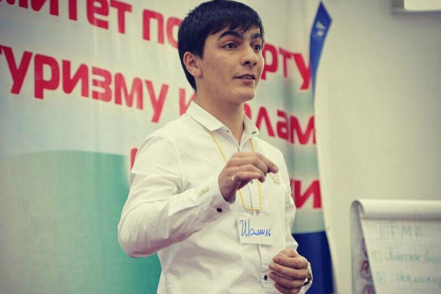 Шамиль Лутов: Не утратить родной язык...