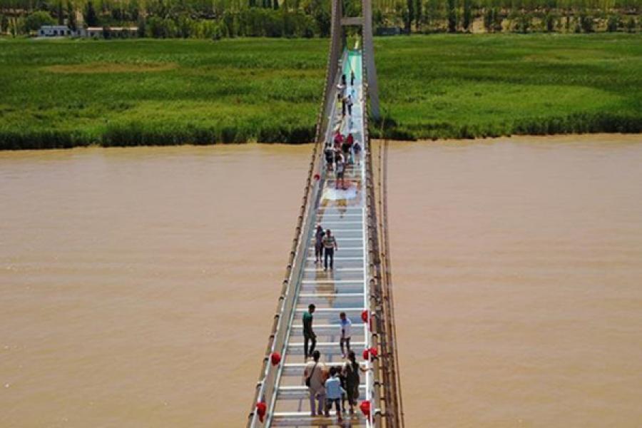 З'явіўся пешы шкляны мост праз Хуанхэ