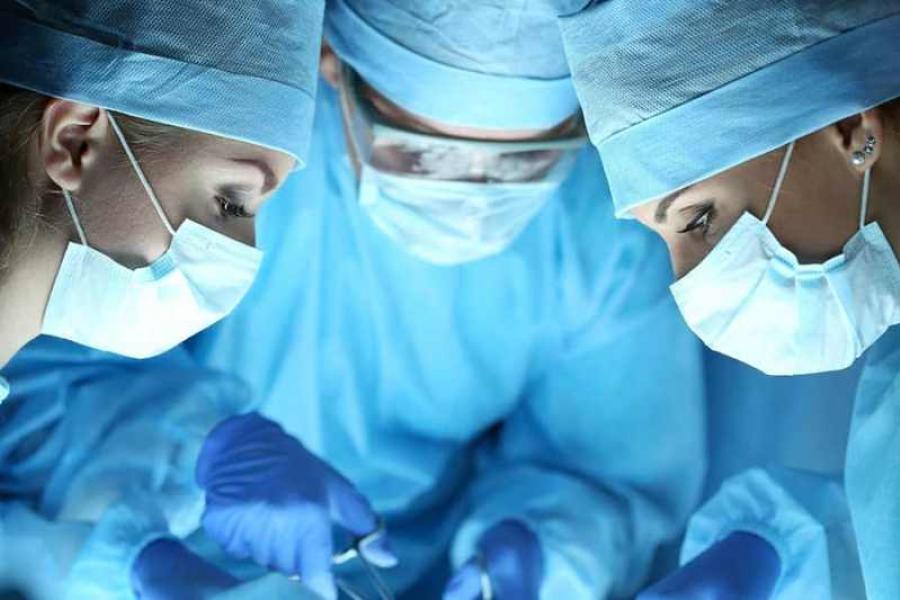 Унікальная аперацыя праведзена кардыяхірургамі 78-гадовай пацыентцы