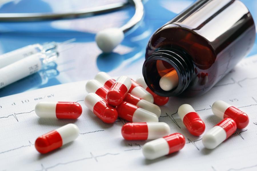 Лекарства принесет почтальон