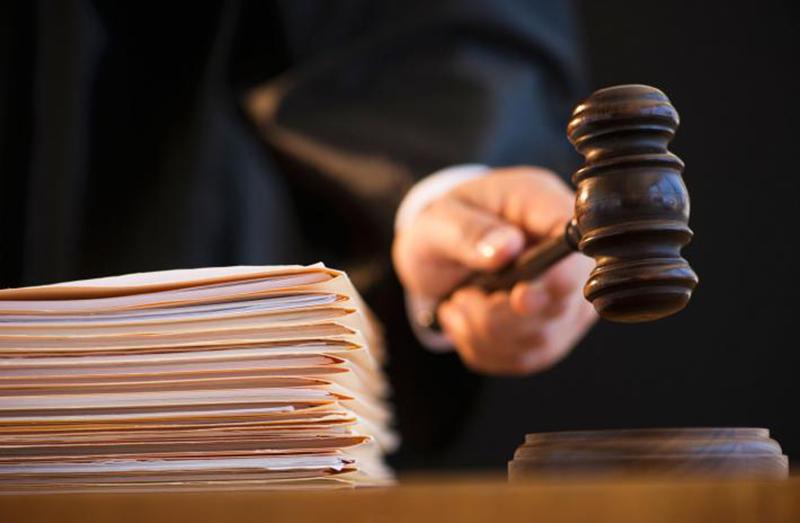 5 лет колонии: суд вынес вердикт шоферу, сбившему пешеходов уТЦ «Замок»