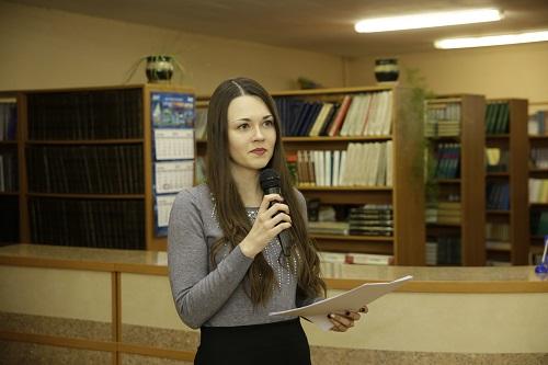 Выступае Юлія Алейчанка
