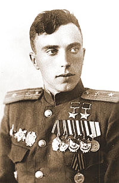 Л. И. Беда во время учебы в Военно-воздушной академии. 1946 год.